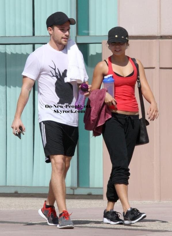 04.09.2011 -  Reportage Photos : Vanessa Hudgens : Elle veut perdre ses kilos !