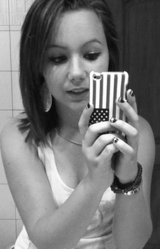 Viens avec moi, on embarque dans un voyage du quel on ne reviendras jamais. ♥