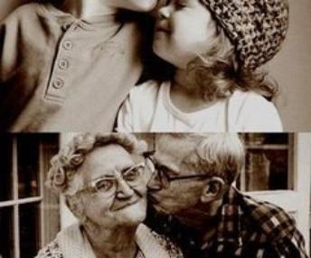 Les voir heureux, après tant d'années me donne confiance que le vrai amour existe réellement.