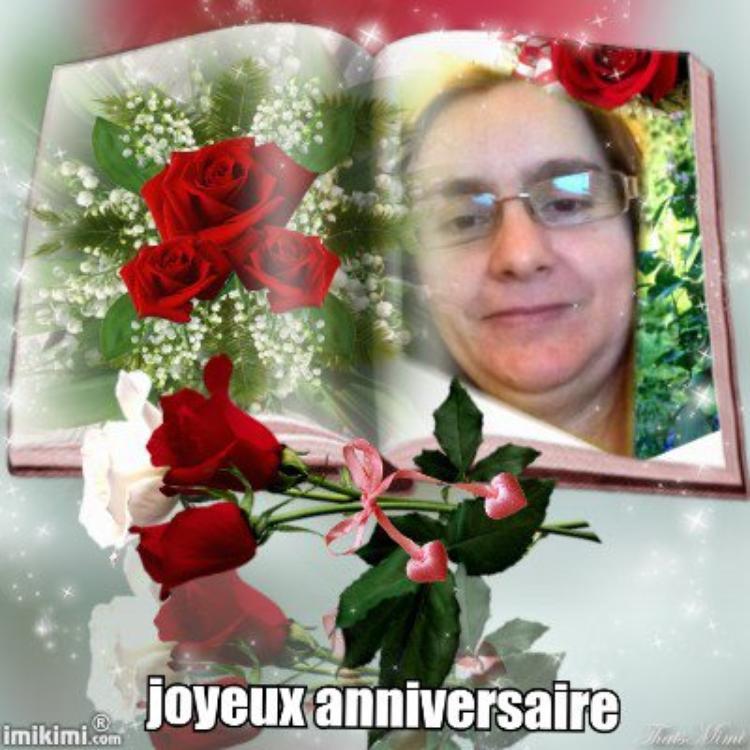 joyeux anniversaire  a mon amie petales de rose