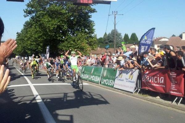 """Tour du Limousin 2013 (2eme étape) : """"l'inconnu"""" Andrea Pasqualon remporte l'étape à Ambazac..."""