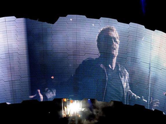 U2//360 TOUR//2011 OAKLAND ALAMEDA COUNTY COLISEUM 7 JUIN 2011