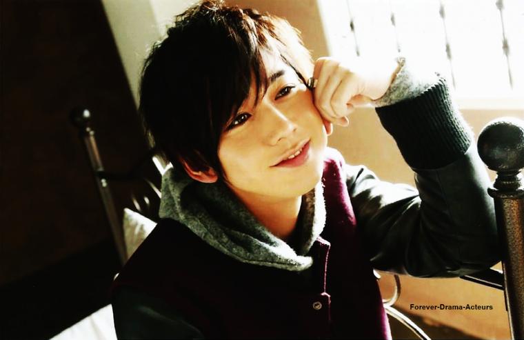 Présentation de : Yanagishita Tomo ♥