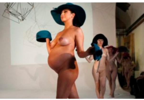 le pen la pute femme enceinte nue