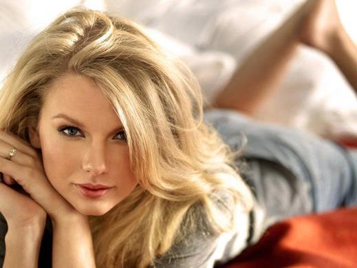 Populaire préféré Les cheveux de Taylor Swift - Beauté des Stars #PH_59