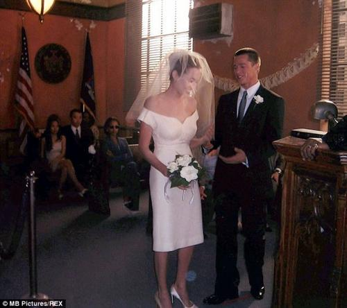 Les dessous du mariage de Brad Pitt et Angelina Jolie !