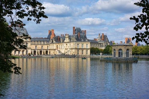 Histoire des villes de France _ _ Fontainebleau