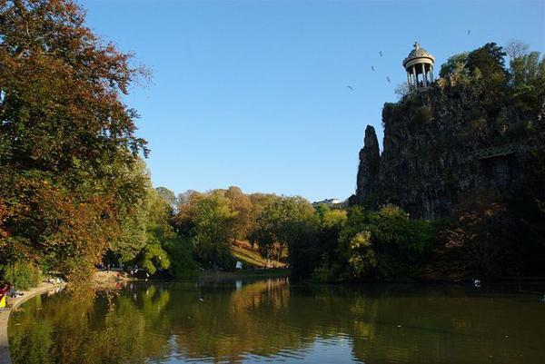 Parcs et Jardins Parisien _ _ Parc des Buttes-Chaumont