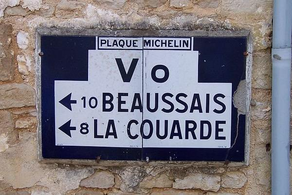 Ouvrage d'Art Urbain _ _ Signalisation routière en France