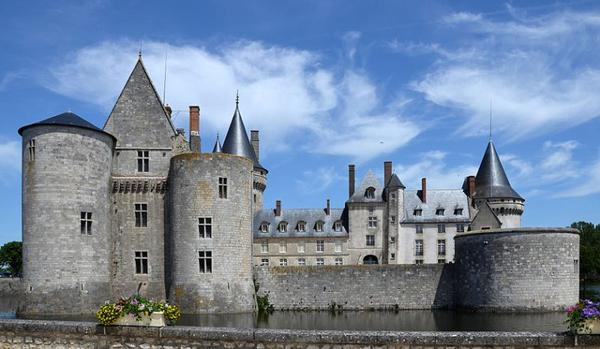 Châteaux et Palais _ _ Château de Sully-sur-Loire
