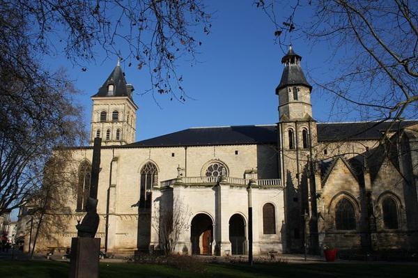 Edifice Religieux _ _ Basilique Saint-Seurin de Bordeaux
