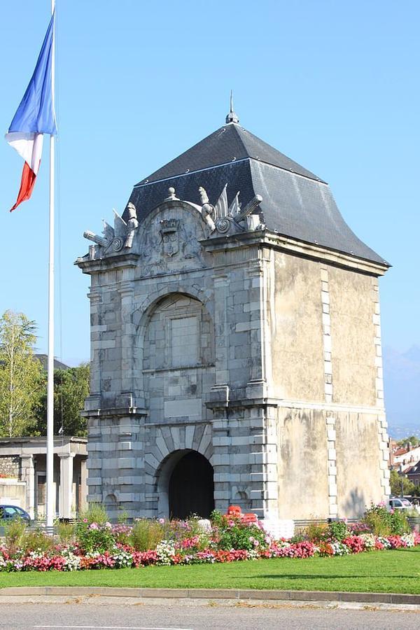 Portes de Villes _ _ Porte de France Grenoble
