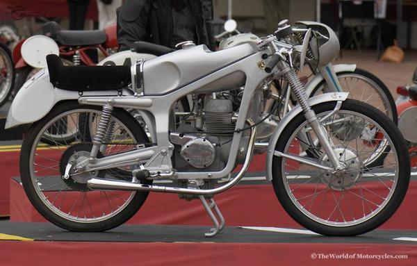 Moto et cycles du monde _ _ Caproni