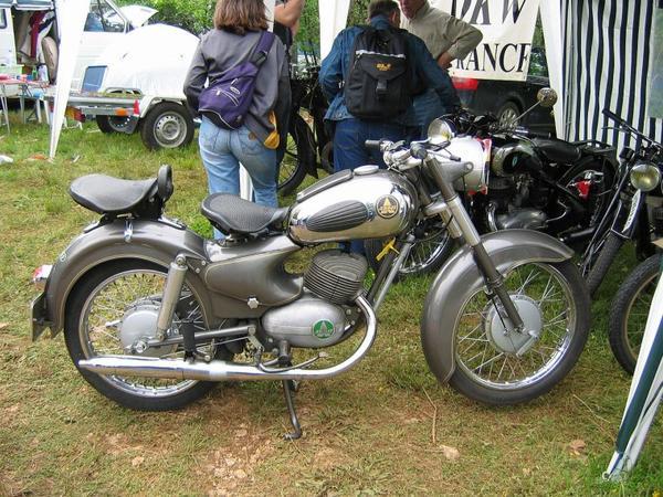 Motos et Cycles du monde _ _ Ardie