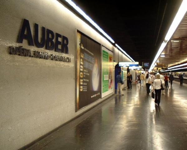 Gare de Paris _ _ Gare Auber