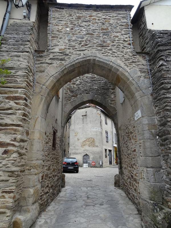 Portes de villes en Aveyron
