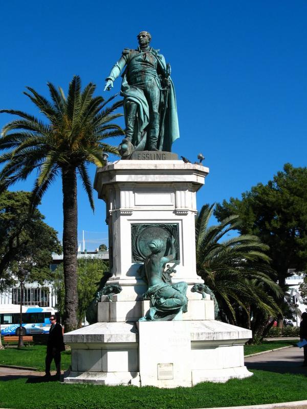 Statue de Masséna