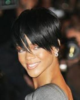 Les coupes de cheveux de Rihanna !!!!!