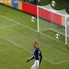 Thierry Henry : Qualifiez la France avec les mains !