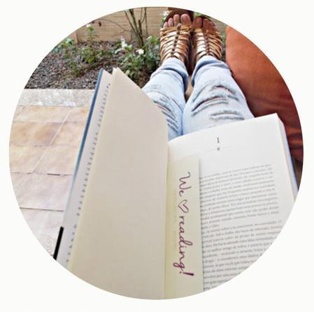 ♔ Les histoires qu'on aime le plus vivent en nous pour toujours.
