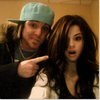 selena & un menbre de son groupe (photos rare)