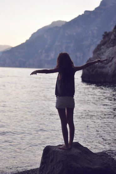 """"""" j'ai fait des choses que je regrette suffisament , suffisament pour y penser tout le temps """""""