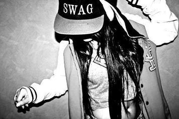 LOOK - SWAG