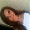 . « Moi habillée en blanc ... C'est rare. Très rare. » Photo prise et postée par Demi sur Twitter      .