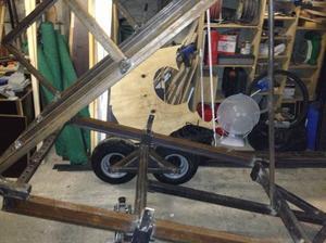 blog de master one fabrication d 39 une remorque basculante double roue balancier. Black Bedroom Furniture Sets. Home Design Ideas