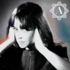 Alizée-  Une Eenfant Du Siecle
