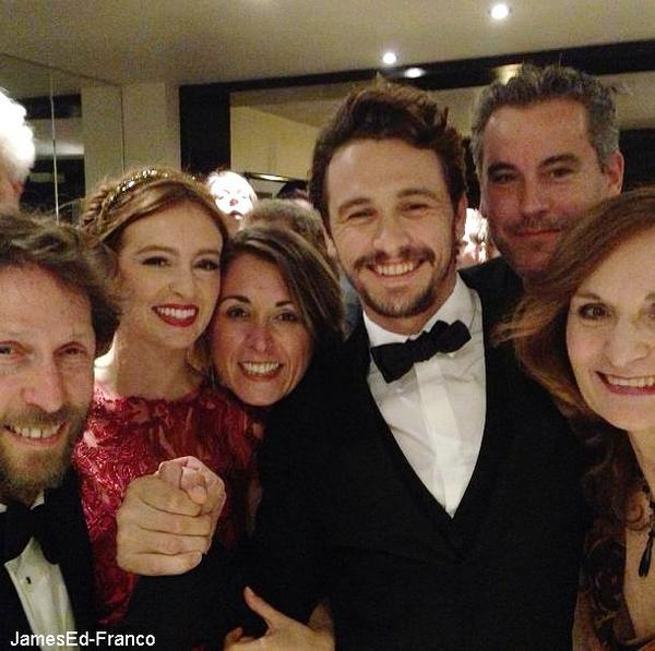 - Avant première d'As I Lay Dying , où était présent James , Ahna O'Reilly et  Beth Grant.  James était présent au festival de Cannes pour l'avant première de son film. Il était très élégant et charmant. -