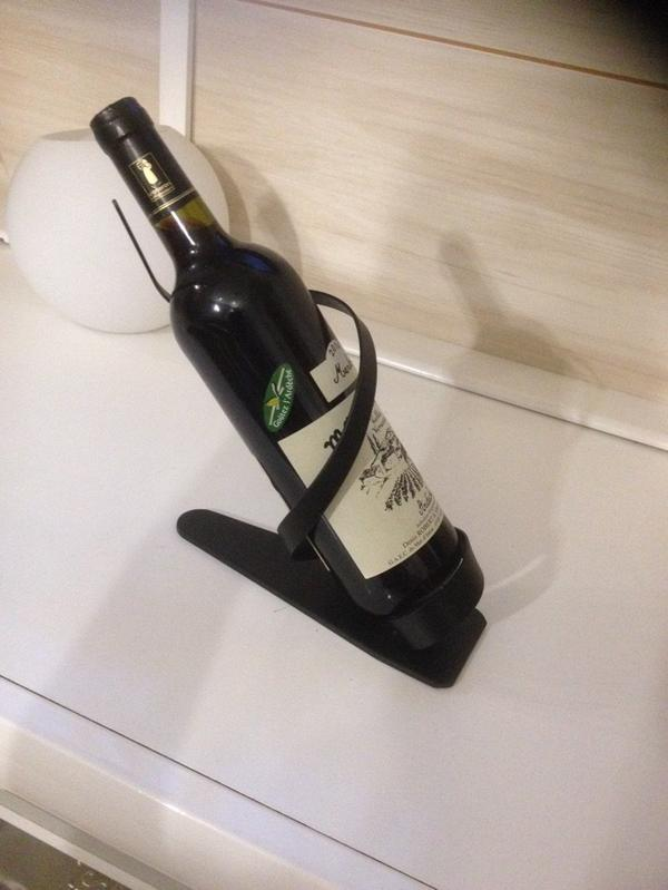 Portes bouteilles en fer forgé