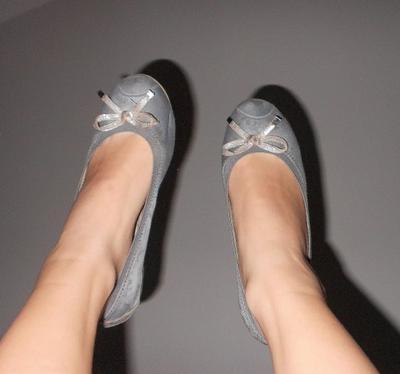 A chaque pied son soulier ღ