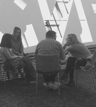 18/06/2017: Jemima sur le tournage de Wild Honey Pie (dont une photo dans les locaux de Wales Millennium Center à Cardiff)