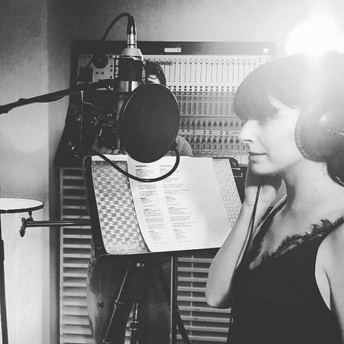 Candice donne de la voix pour l'association « Unissons nos voix »