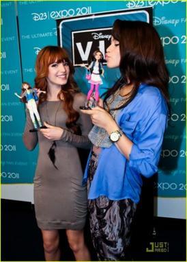Voici les poupées de nos deux héroines préférées Cece et Rocky! Qu'en pensez-vous? Allez-vous les acheter? Moi je trouve Rocky plus jolie, mais je ne sais pas si je vais les achter...