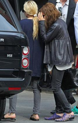 Mary Kate et Ashley Olsen le 18 juin 2012