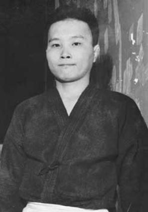 Tadashi ABE (1942)