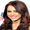 . Miley Zoom  _______    5 Décembre 2009 ; Zoom sur le maquillage de Miley au Jingel Bell Ball   Qu'en pensez-vous de son maquillage ?!  .