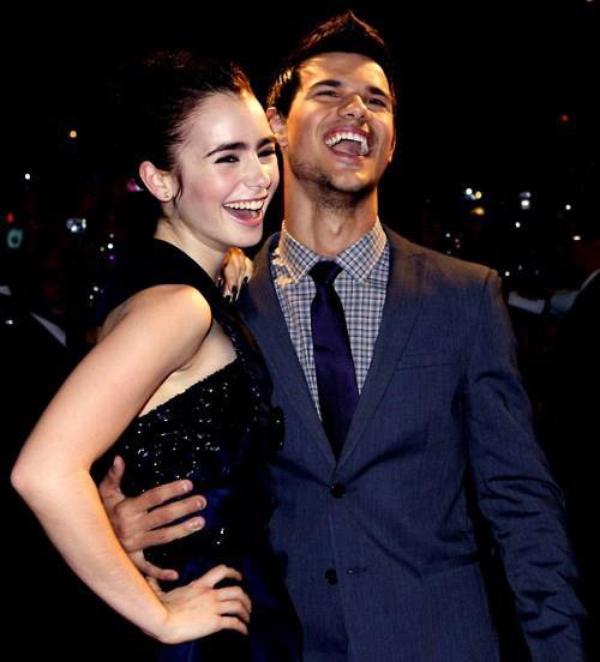 Taylor Lautner Et Lily Collins