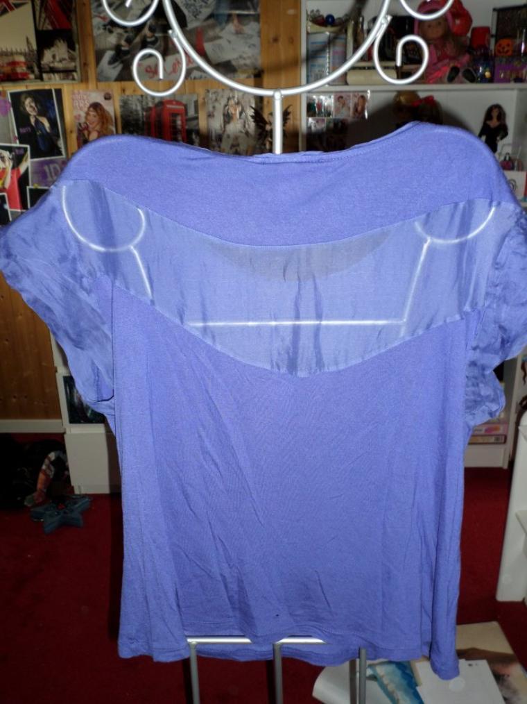 tee-shirt bleu violet taille M 5¤