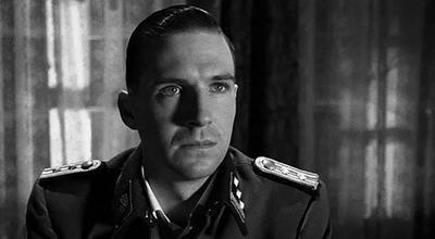 24. Ralph Fiennes, dans 'La Liste de Schindler' (1994)