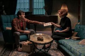 'Le Jeu de la dame', avec Harry Melling (2020)