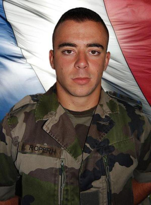 Hommages militaires pour Loïc Roperh mort en Afghanistan