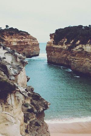 - Il y a des vues, des paysages, des personnes.. -