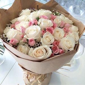 - Un bouquet de fleurs.. -