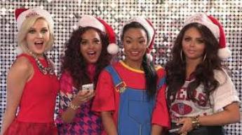 Votre liste de Noël les Directioners Mixers Lovatics Selenators Beliebers Brats ? (...) x)