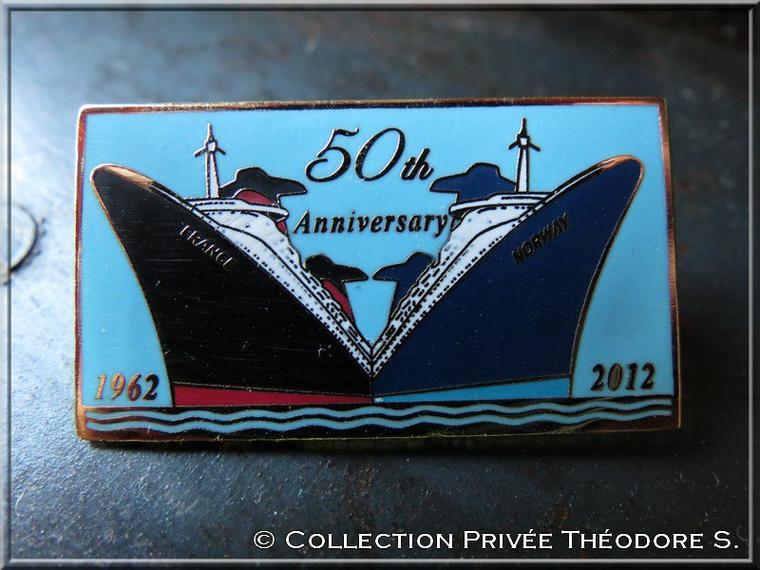Pin's des 50 ans du FRANCE