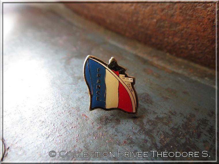 Pin's du paquebot FRANCE