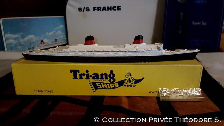 ss FRANCE maquette  Tri-ang